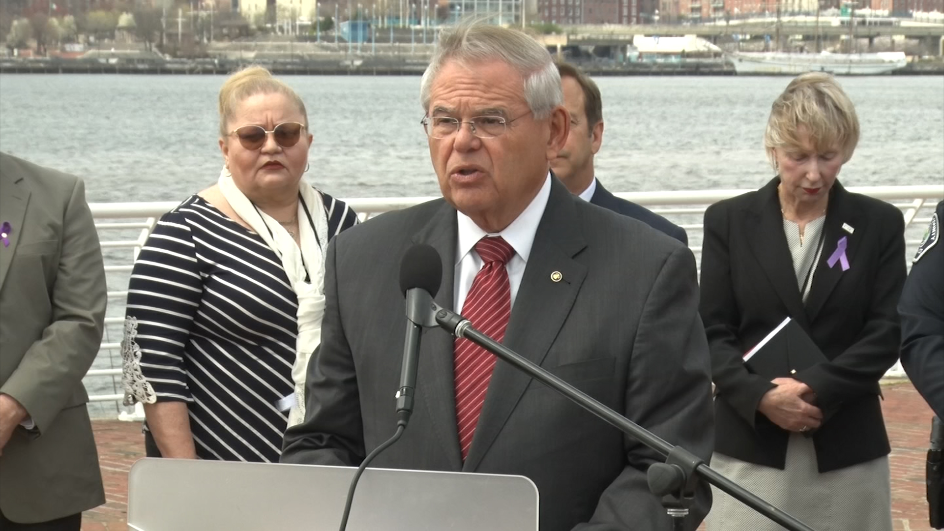 Menendez introduces bill to crack down on fentanyl trafficking